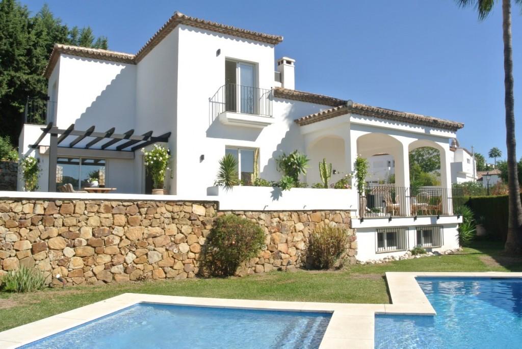 V 4458 Villa For Sale In Marbella Country Club Marbella
